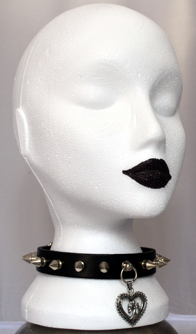 Spike + Heart Black Choker