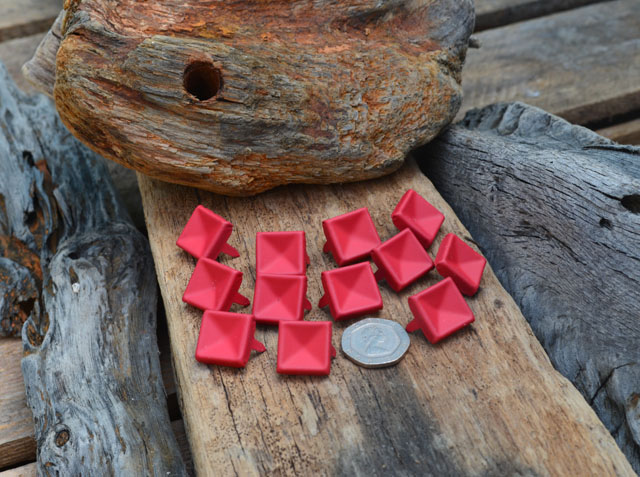 Large Indented Red Pyramid Studs