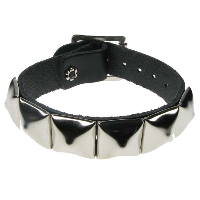 1 Row Pyramid Leather Wristband